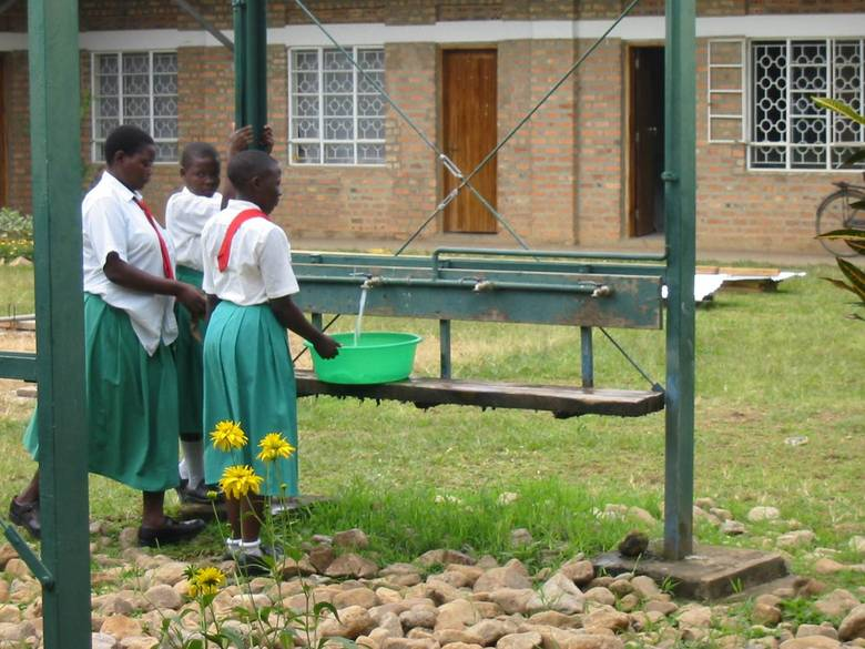 uganda landwirtschaftsschule erbacher stiftung. Black Bedroom Furniture Sets. Home Design Ideas